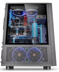 Thermaltake Core X71 Full Tower USB3.0 Tempered Glass - Black